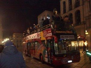 Cruising Milan to Serbian tunes