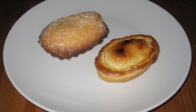 Fracasso pasticciotto (left) and one from Caffe' d'Aragona